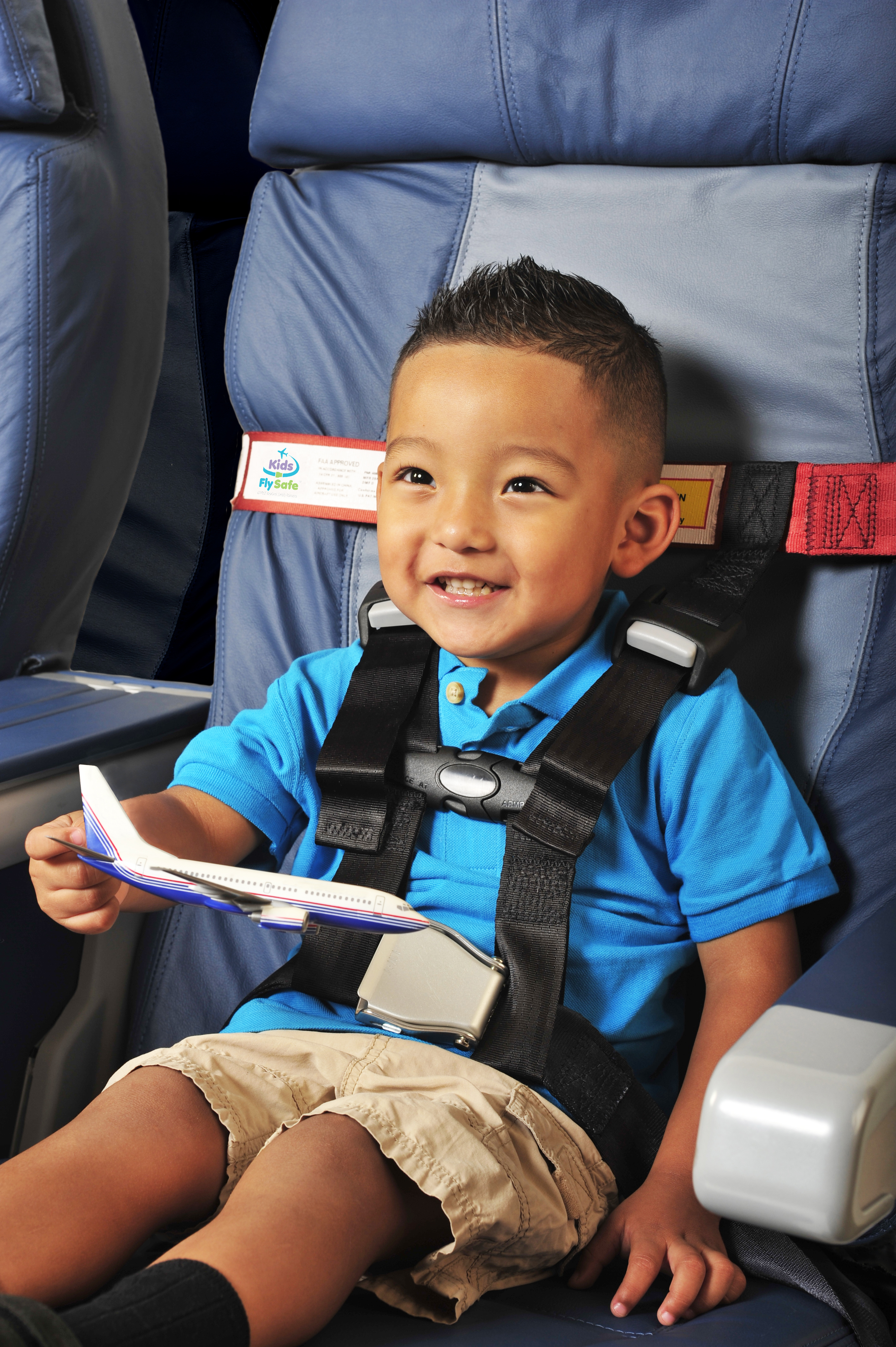 With FAA\'s New Kid Seat Safety Rule, Will Kids Fly Safer?